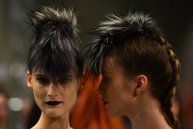 FASHION-ITALY-MILAN-WOMEN-FENDI-BACKSTAGE