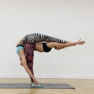 acro yoga nedir